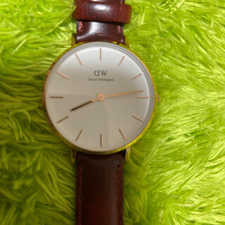 ダニエルウェリントン(Daniel Wellington)のDWエンジ色ベルト腕時計(腕時計)
