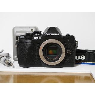OLYMPUS - 【美品、僅か855ショット】OM-D E-M10 Mark III ブラック