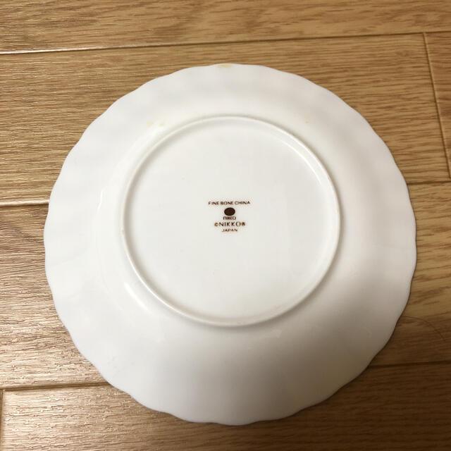 NIKKO(ニッコー)のNIKKOのファインボーンチャイナのケーキ皿5枚セット インテリア/住まい/日用品のキッチン/食器(食器)の商品写真
