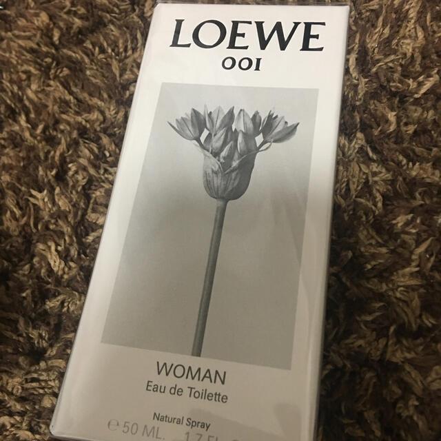 LOEWE(ロエベ)のロエベ 001 ウーマン オードトワレ 50ml コスメ/美容の香水(ユニセックス)の商品写真