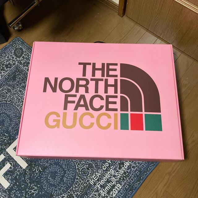 Gucci(グッチ)の希少!GUCCI THE NORTH FACE ダウンベスト メンズのジャケット/アウター(ダウンベスト)の商品写真