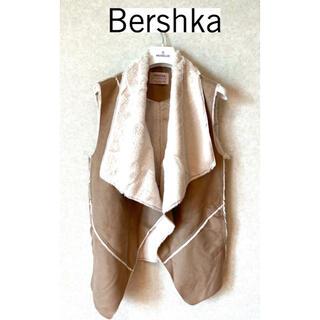 ベルシュカ(Bershka)のBershka(ベルシュカ)ムートンベスト(ベスト/ジレ)