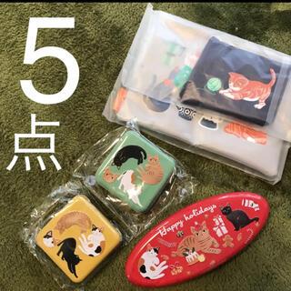 カルディ(KALDI)の新品 カルディ ネコミニ缶 クリスマス オーバル缶 ニャンコーヒー ポーチ(菓子/デザート)