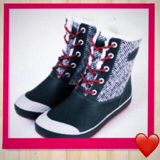 キーン(KEEN)のKEEN ショートブーツ  23.5(ブーツ)
