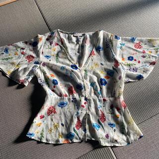 ベルシュカ(Bershka)のベルシュカ 花柄半袖 トップス(シャツ/ブラウス(半袖/袖なし))