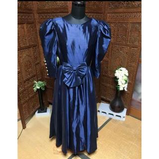 ジュネビビアンパーティドレス♡袖のパールが上品です(その他ドレス)