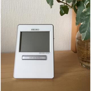 セイコー(SEIKO)のSEIKO セイコー ★目覚まし時計 SQ699W ★ 電波時計 温度計 湿度計(日用品/生活雑貨)