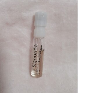 サルヴァトーレフェラガモ(Salvatore Ferragamo)のシニョリーナエレガンツァ オードパルファム 1.5ml(香水(女性用))