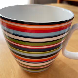 イッタラ(iittala)のオリゴ マグカップ(ハンドル付) オレンジ(グラス/カップ)