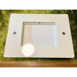 【直接受取可】東京都内 ガラス天板 白 ローテーブル 折り畳み 引き出し 机(ローテーブル)