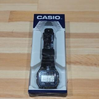 カシオ(CASIO)のDUPPIES×CASIO F91W 箱 説明書付き(腕時計(デジタル))