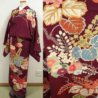 紫檀色に大柄の草花 セミアンティーク訪問着 鈴乃屋(着物)