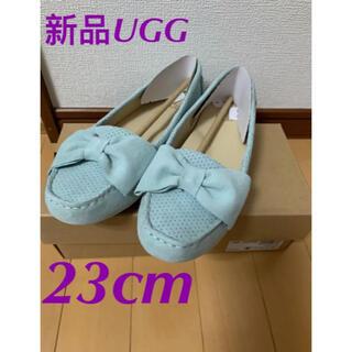 UGG - UGG  フラットシューズ   スエード調  リボン付き  23cm