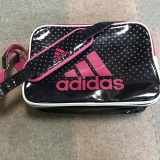 adidas - adidas エナメルショルダーバッグ