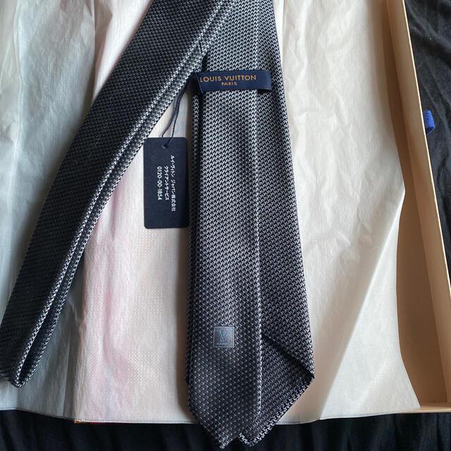 LOUIS VUITTON(ルイヴィトン)のLOUIS VUITTON ネクタイ 新品 未使用 メンズのファッション小物(ネクタイ)の商品写真