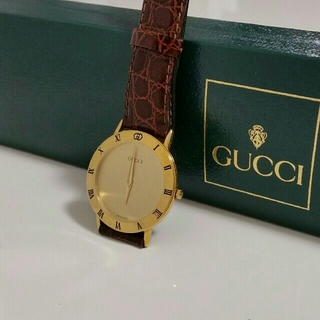 Gucci - 《最終値下中》GUCCI 腕時計メンズ 3000.2.M