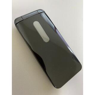 キョウセラ(京セラ)の【美品】au GRATINA 4G KYF31SKA BLACK(携帯電話本体)