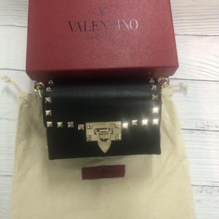 VALENTINO - ヴァレンチノ ロックスタッズ クロスバッグ