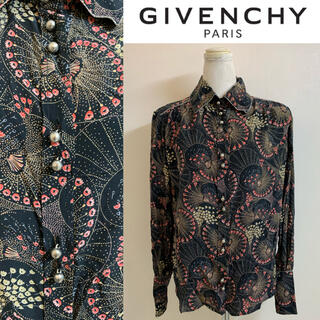 ジバンシィ(GIVENCHY)のGIVENCHY PARIS MADE IN FRANCE 総柄 シルクシャツ(シャツ/ブラウス(長袖/七分))