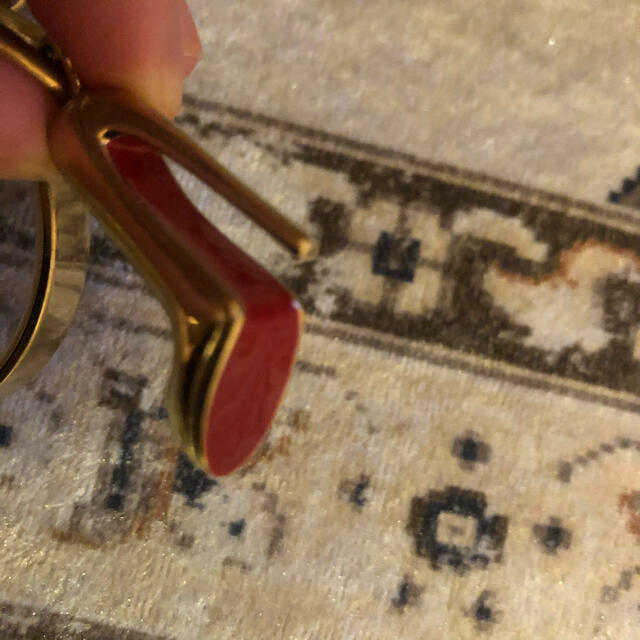 Christian Louboutin(クリスチャンルブタン)の非売品 ルブタン のキーホルダー 難あり レディースのファッション小物(キーホルダー)の商品写真