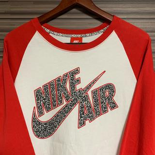 ナイキ(NIKE)のNIKE   ナイキ ビッグロゴ ロンT   ラグラン  Tシャツ 赤色(Tシャツ/カットソー(七分/長袖))