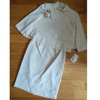スコットクラブ(SCOT CLUB)の新品未使用★プチメゾン白スカートスーツ上下(スーツ)
