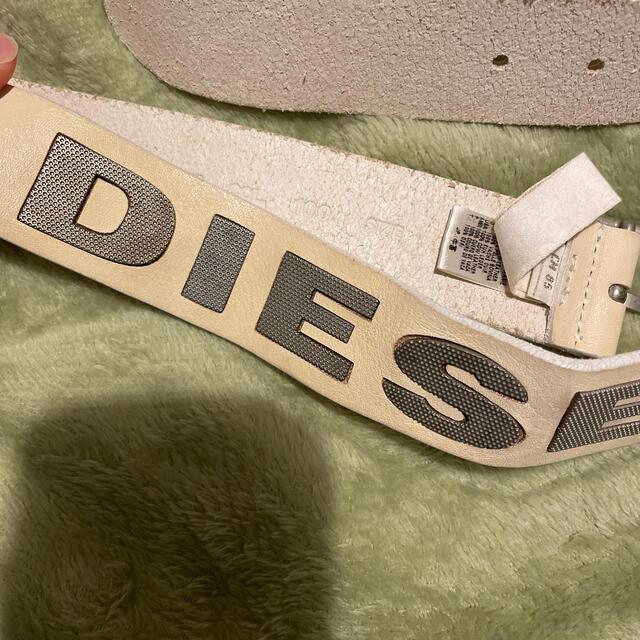 DIESEL(ディーゼル)のDIESEL ロゴベルト ホワイト レディースのファッション小物(ベルト)の商品写真