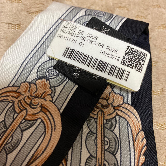 Hermes(エルメス)のエルメス ツイリー  ブリッド・ドゥ・クール  レディースのファッション小物(バンダナ/スカーフ)の商品写真