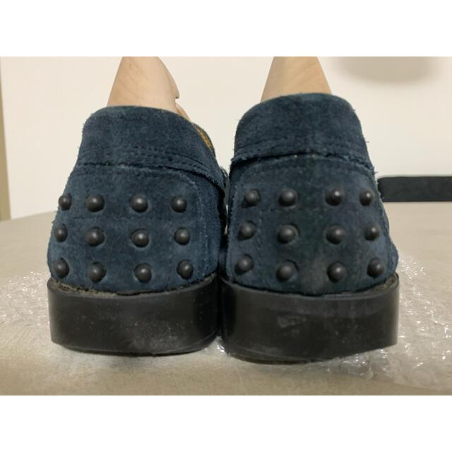 J.M. WESTON(ジェーエムウエストン)のDANIELE LEPORI ネイビースエードローファー41 メンズの靴/シューズ(スリッポン/モカシン)の商品写真