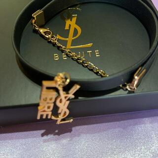 イヴサンローランボーテ(Yves Saint Laurent Beaute)のイヴサンローランレザー調ブレスレット非売品(ブレスレット/バングル)