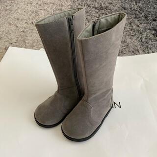 プティマイン(petit main)のプティマイン ロングブーツ ブーツ グレー 15cm(ブーツ)