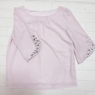 レッセパッセ(LAISSE PASSE)のレッセパッセ ブラウス ピンク 花 刺繍(シャツ/ブラウス(長袖/七分))