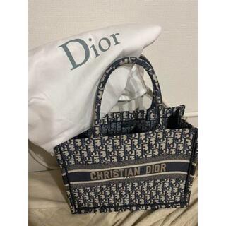 Christian Dior - 新品☆Christian DIOR ディオールブックトート ラージサイズ