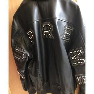 シュプリーム(Supreme)のStudded Arc Logo Leather Jacket レシート付き(レザージャケット)