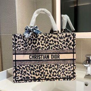 クリスチャンディオール(Christian Dior)の大人気☆Christian Dior!!トートバッグ(フェイスケア/美顔器)