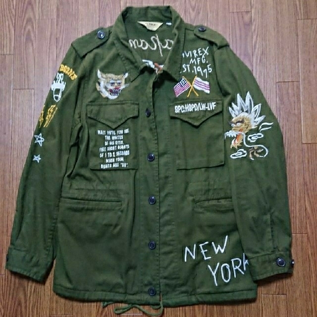 AVIREX(アヴィレックス)のAVIREX アヴィレックス 定価約3万円 ミリタリー ジャケット コート 刺繍 メンズのジャケット/アウター(スカジャン)の商品写真