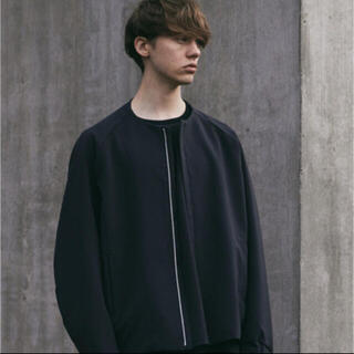 ATTACHIMENT - WYM × ATTACHMENT NO COLLAR ZIP  BLOUSON
