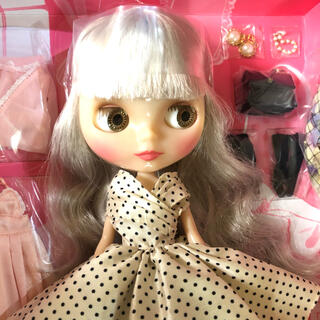 18周年アニバーサリー ブライス リーディングレディルーシー (人形)