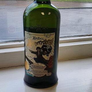 モエエシャンドン(MOËT & CHANDON)のアードベッグ アーーードベッグ MHD正規品(ウイスキー)