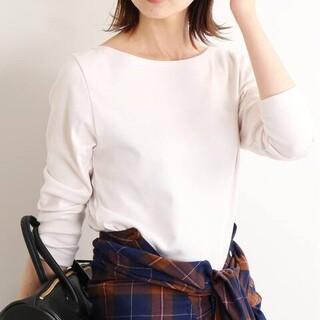 IENA - イエナ オーラリー別注 ボートネックTシャツ ホワイト 薄ピンク AURALEE