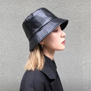 【即日〜翌日発送】バケットハット レザー 帽子 レディース 韓国 バケハ 黒