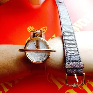 Vivienne Westwood - 2/25まで限定値下げ!ヴィヴィアン・ウエストウッド 限定 腕時計