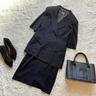 イタリヤ(伊太利屋)の伊太利屋 セットアップ スーツ フォーマル 黒 ブラック 華やか レトロ  (スーツ)