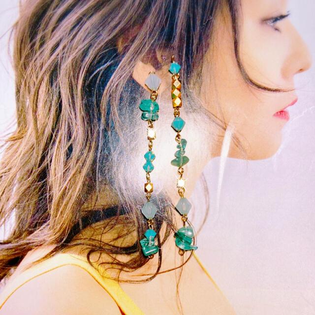 sacai luck(サカイラック)のピアス イヤリング ハンドメイド 天然石 アパタイト アマゾナイト 緑 グリーン ハンドメイドのアクセサリー(ピアス)の商品写真