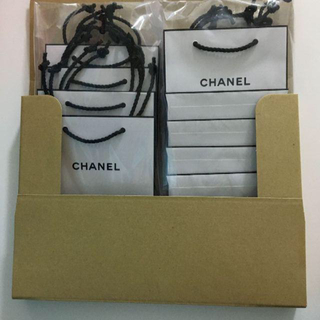 CHANEL - ショッパー シャネル 紙袋 CHANEL