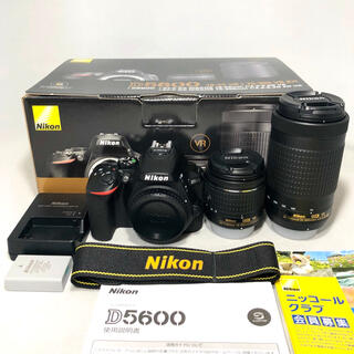 Nikon - Nikon ニコンD5600 ダブルズームキット 1814ショット 極美品
