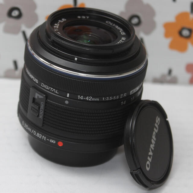 OLYMPUS(オリンパス)の❤️オリンパス 標準ズームレンズ❤️ スマホ/家電/カメラのカメラ(レンズ(ズーム))の商品写真