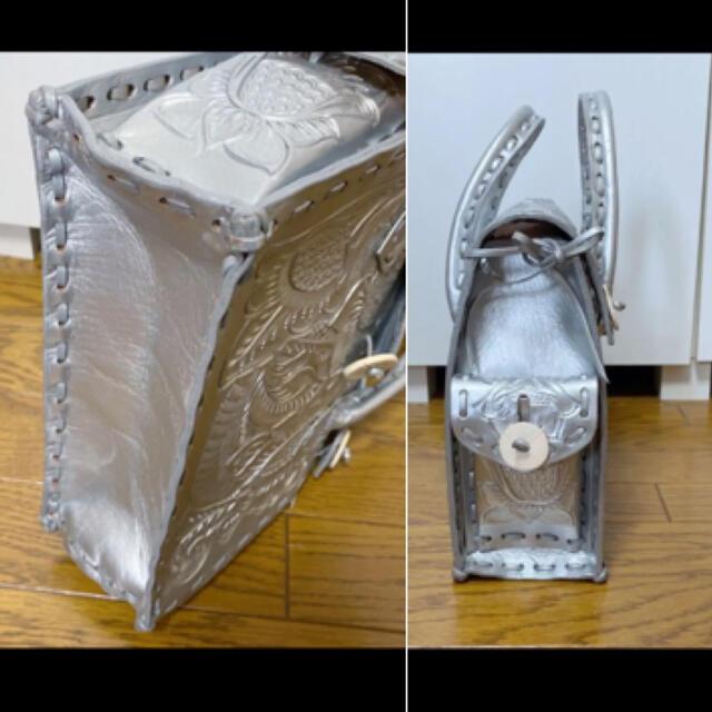 GRACE CONTINENTAL(グレースコンチネンタル)のグレースコンチネンタル カービングバッグ S シルバー レディースのバッグ(ハンドバッグ)の商品写真