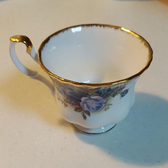 ROYAL ALBERT(ロイヤルアルバート)の Royal Albertムーンライトローズティーカップ&ソーサー廃盤品 インテリア/住まい/日用品のキッチン/食器(グラス/カップ)の商品写真