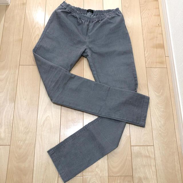 apart by lowrys(アパートバイローリーズ)のグレーのパンツ レディースのパンツ(カジュアルパンツ)の商品写真